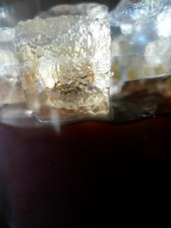 Ein doppelter Espresso auf Eis. - Empire Coffee & Tea