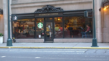 Perhaps the smallest Starbucks (from about 100) I have ever seen. Near Grand Central Station, New York, NY / Leica D-Lux 4