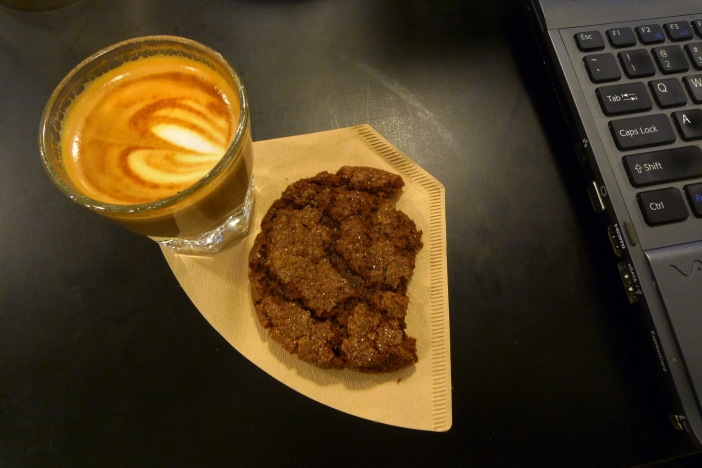 A Cortado and a Ginger-black cardamom-molasses cooie / Blue Bottle, New York, NY / Leica D-Lux 4