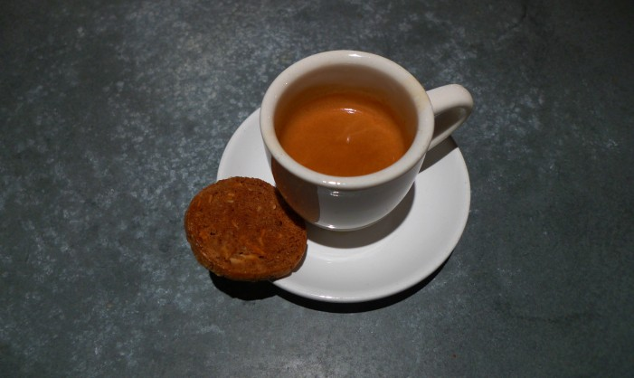 Espresso and Cookie / Ground Central Coffee Company, New York, NY / Leica D-Lux 4